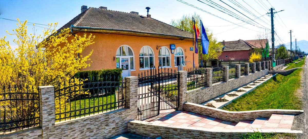 Primăria comunei Totești